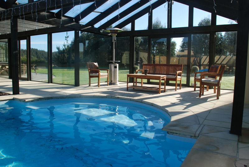 Glasshouse pool 4 001