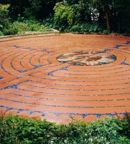 Labyrinth (4)